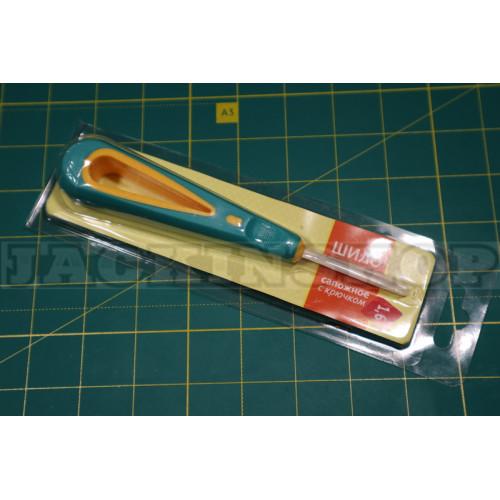 Шило с пластмассовой ручкой. 14 см